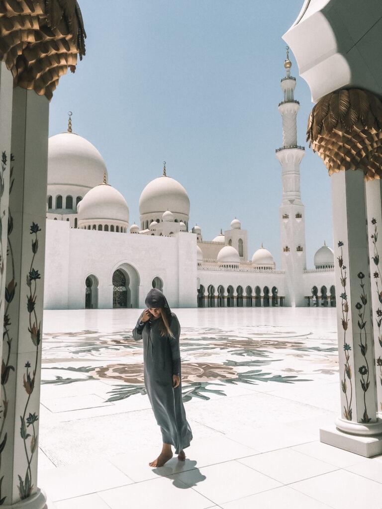 Abu-Dhabi-White-Mosque